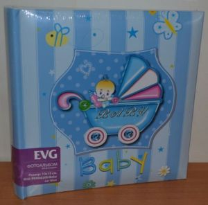 Фотоальбом на 200 фото 10х15 с местом для записей EVG Baby car blue