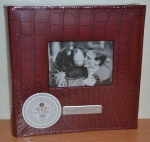 Фотоальбом на 200 фото 10х15 с местом для записей, кожзам, L094 (бордовый)