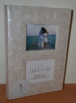 Фотоальбом на 300 фото 10х15 с местом для записей в кожзаме, L081