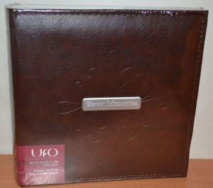 Фотоальбом на 200 фото 10х15 с местом для записей UFO Clinton кожзам