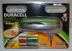 Зарядное устройство Duracell CEF20 + 2*аккумулятора Duracell НR-6 2000mAh Ni-MH