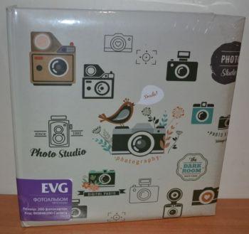 Фотоальбом на 200 фото 10х15 с местом для записей EVG Camera